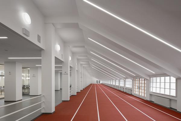 Helsingin Olympiastadion sisäsuora