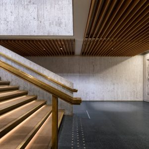 Turun Kaupunginteatterin aulan portaikko