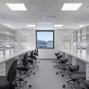 Medisiina D, laboratorio